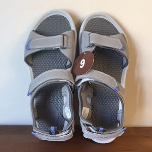 "Women""s KHOMBU Sandals size 9"